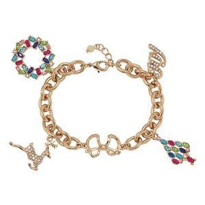 NIB Adorable Festive Holiday Bracelet